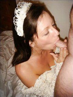 Пошлячки из Тулы сосут и обнажают попки - секс порно фото
