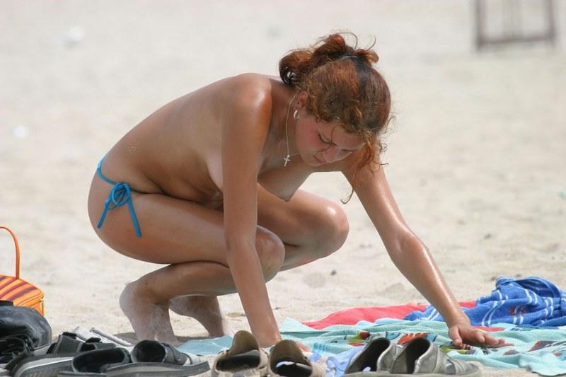 Поймали грудь на пляже