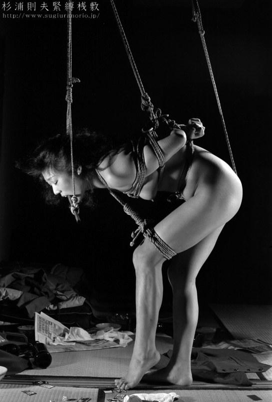Бондаж, связывание веревкой